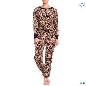 NEW Betsy Johnson Cheetah Leopard Pajama Set